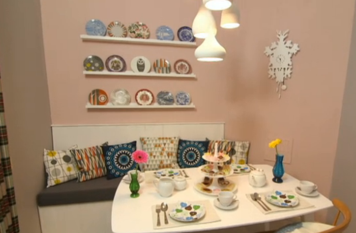 Mini moderns on peter andre s 60 minute makeover mini for 60 minute makeover living room designs