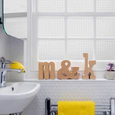 finalpeggybathroom2lo